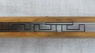 P'tit PlanKa Couteau de type cran forcé. Lame D2 – ressort inox ressort – manche buis – guillochage inca. Longueur de lame : 8,7cm. Longueur totale : 19,5cm. Disponible sur […]