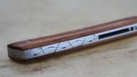 Couteau de type liner lock. Lame RWL34– manche Bois de Fer– guillochage. Longueur de lame : 9,5 cm. Longueur totale : 20,7 cm.